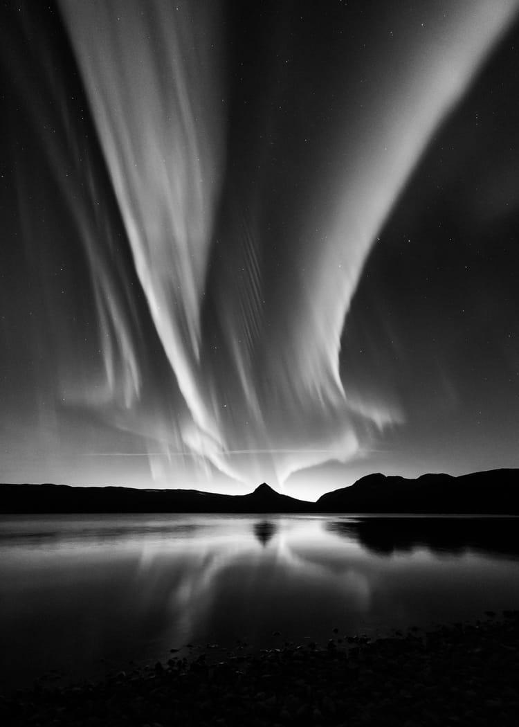aurore bor u00e9ale en noir et blanc   les plus belles photos d u0026 39 astronomie de 2016