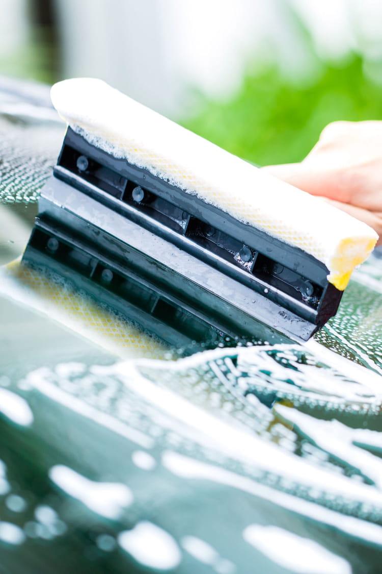 des astuces pour nettoyer et prendre soin de sa voiture. Black Bedroom Furniture Sets. Home Design Ideas
