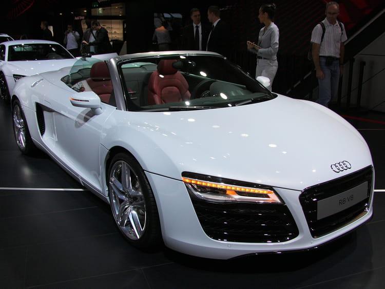 audi r8 spider mondial de l 39 auto 2012 les voitures de luxe envahissent paris linternaute. Black Bedroom Furniture Sets. Home Design Ideas