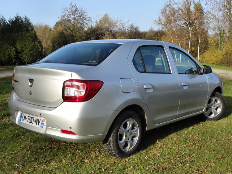 Test-Dacia Logan-2013-Design arrière