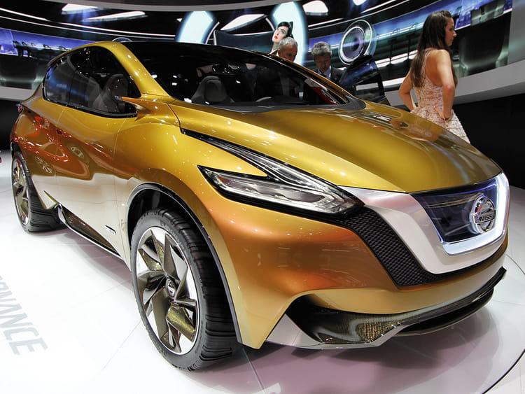 nissan resonance concept salon de gen ve 2013 les concept cars dessinent l 39 avenir linternaute. Black Bedroom Furniture Sets. Home Design Ideas