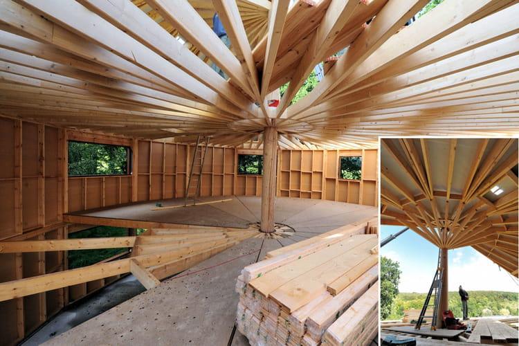 L 39 ossature en bois vue de l 39 int rieur for Interieur maison en bois