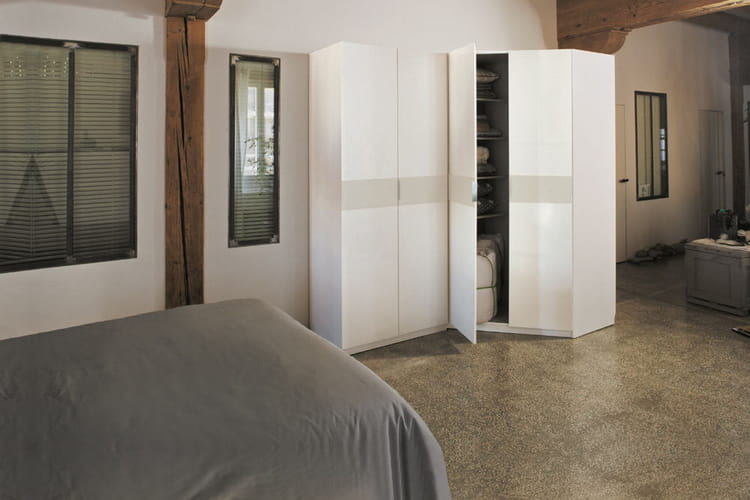 un petit dressing des dressings pour tout ranger. Black Bedroom Furniture Sets. Home Design Ideas