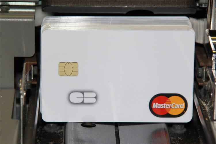 Le processus de personnalisation de carte bancaire