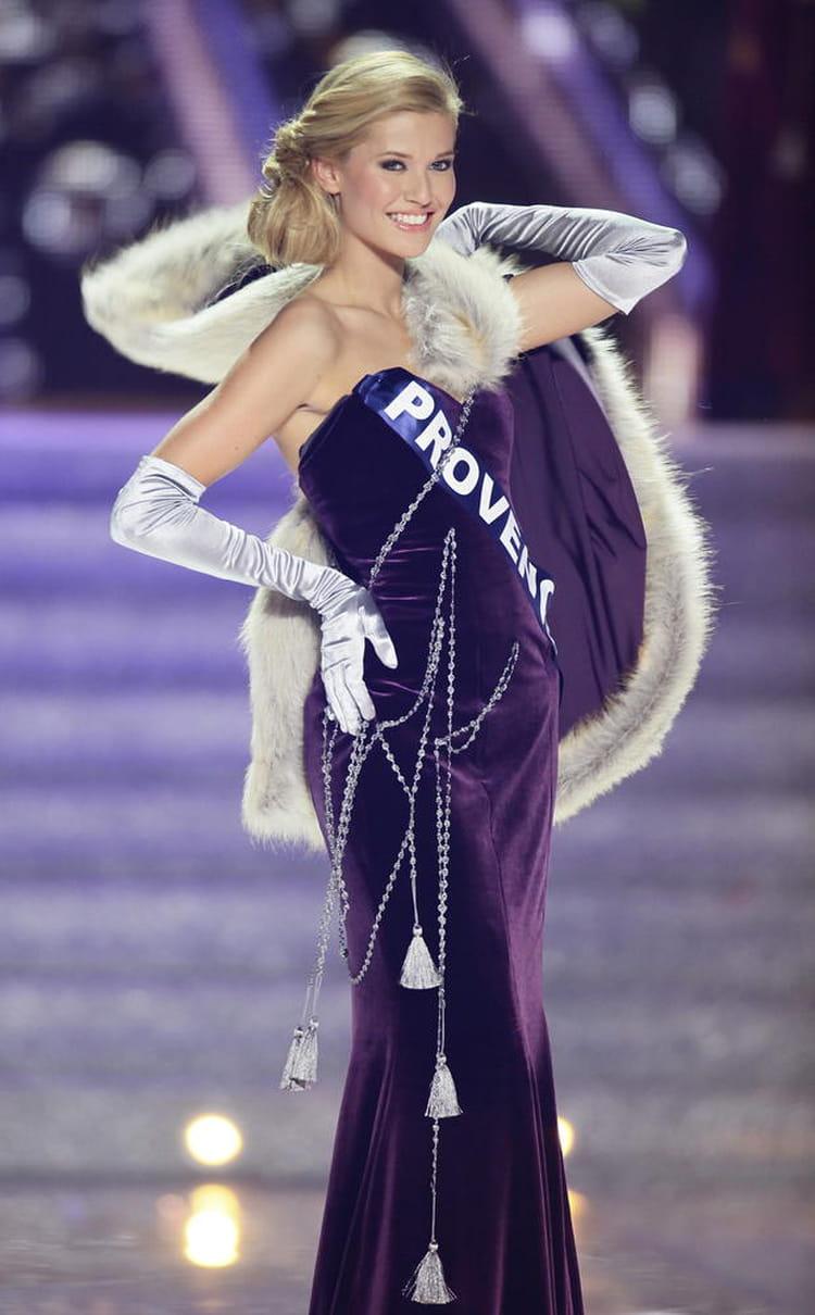 Miss France Tombe : miss provence tombe la cape miss france 2014 retour ~ Pogadajmy.info Styles, Décorations et Voitures