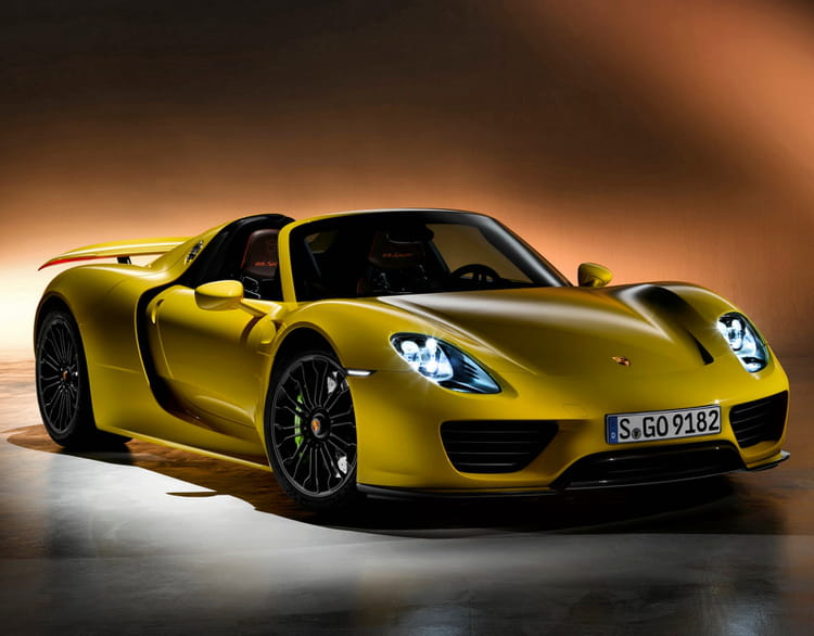 porsche 918 spyder 345 km h les voitures les plus. Black Bedroom Furniture Sets. Home Design Ideas