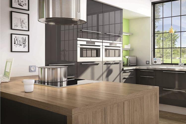lot de cuisine city de hygena les lots font leur show en cuisine linternaute. Black Bedroom Furniture Sets. Home Design Ideas