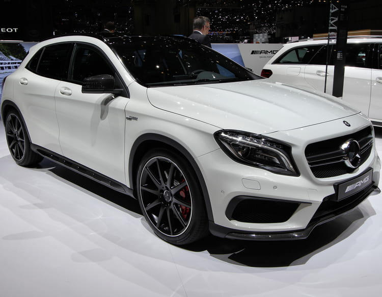 mercedes gla 45 amg. Black Bedroom Furniture Sets. Home Design Ideas