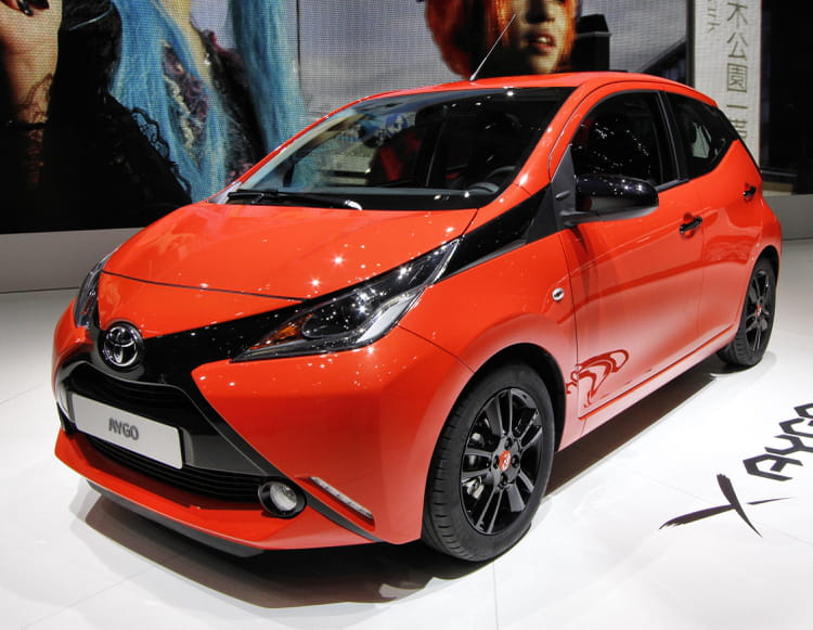 toyota aygo salon de gen ve 2014 les nouveaut s trang res linternaute. Black Bedroom Furniture Sets. Home Design Ideas