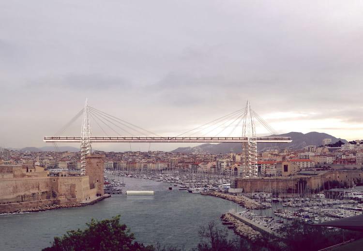 Marseille un pont transbordeur au dessus du vieux port - College vieux port marseille ...