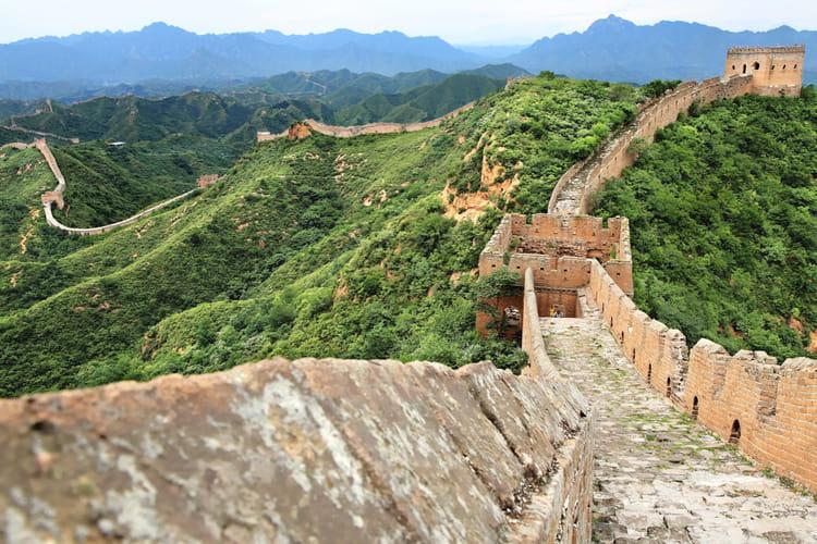 La grande muraille le chantier le plus long tour du for Les plus grandes tours du monde