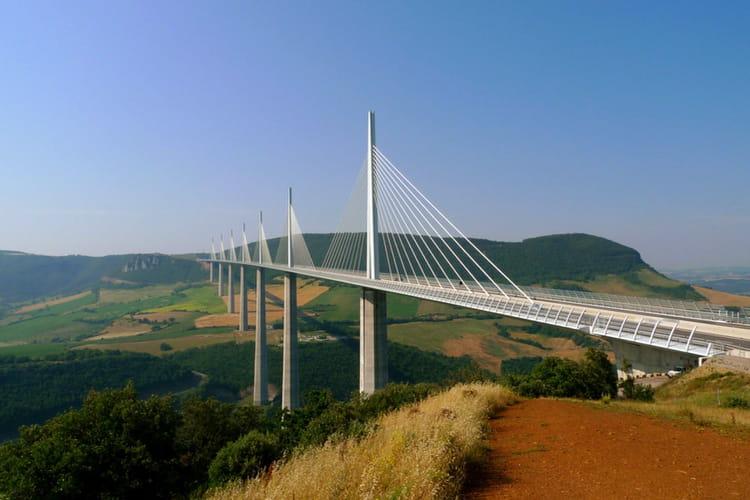 Le viaduc de millau le plus haut pont du monde les plus grosses constructi - Les plus hautes constructions du monde ...