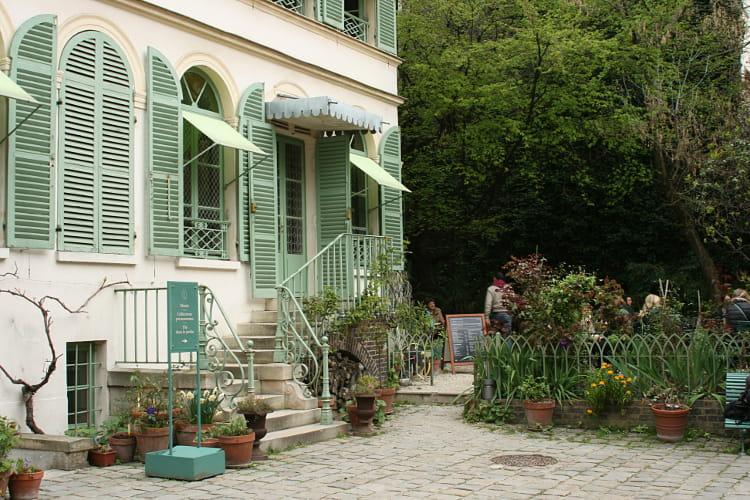 Le th au jardin - Jardin du musee de la vie romantique ...