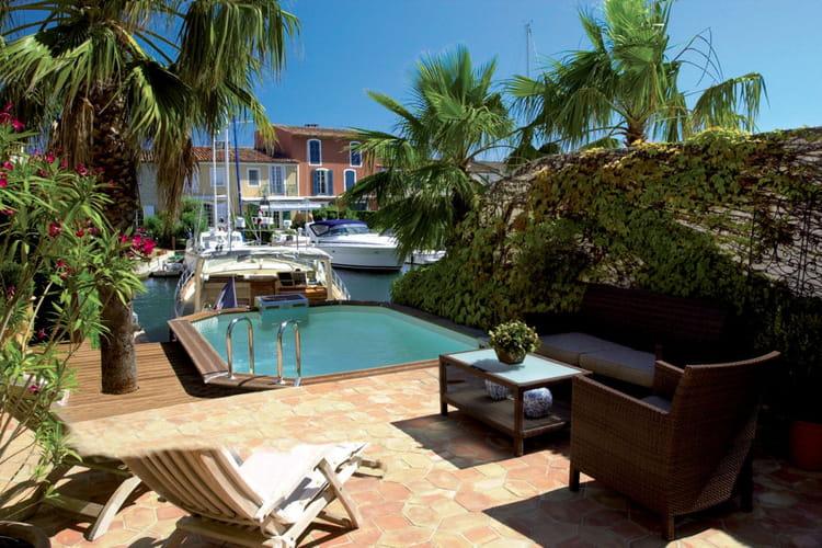 Pour nager contre courant 25 piscines et spas installer chez soi lint - Prix piscine piscinelle ...