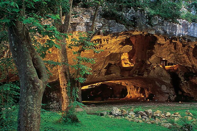 Pays basque : Grottes de Sare