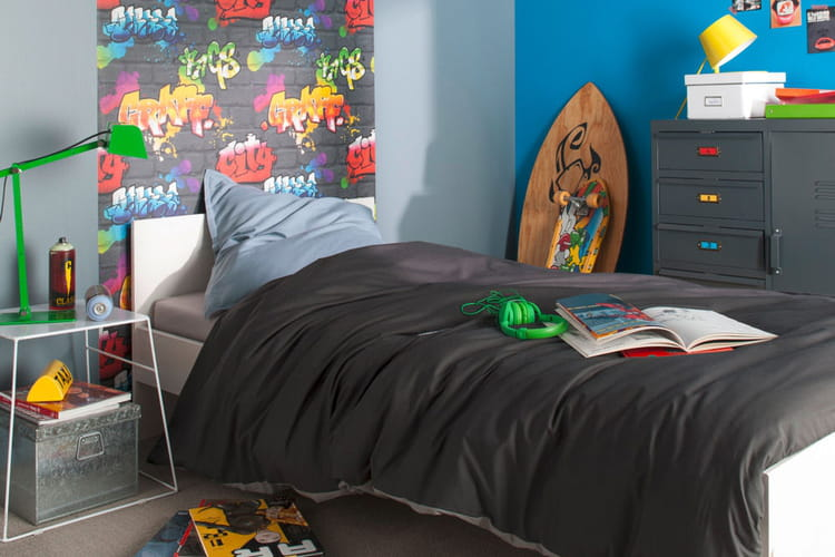 esprit graffiti pour une chambre d 39 ado. Black Bedroom Furniture Sets. Home Design Ideas