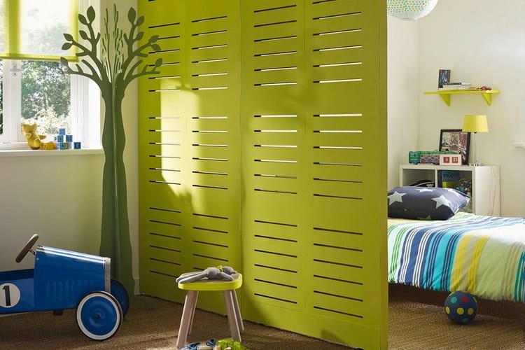 Des espaces cloisonn s pour une chambre organis e des - Separation de chambre pas cher ...