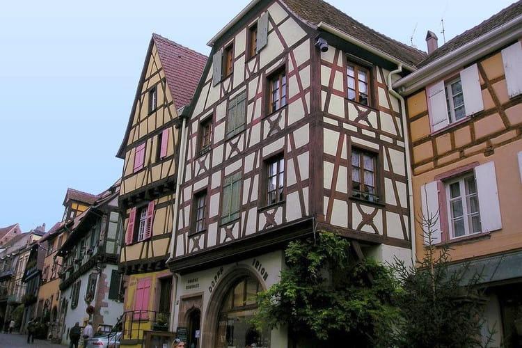 La maison alsacienne ces maisons pittoresques de nos - Maison a colombage alsacienne ...
