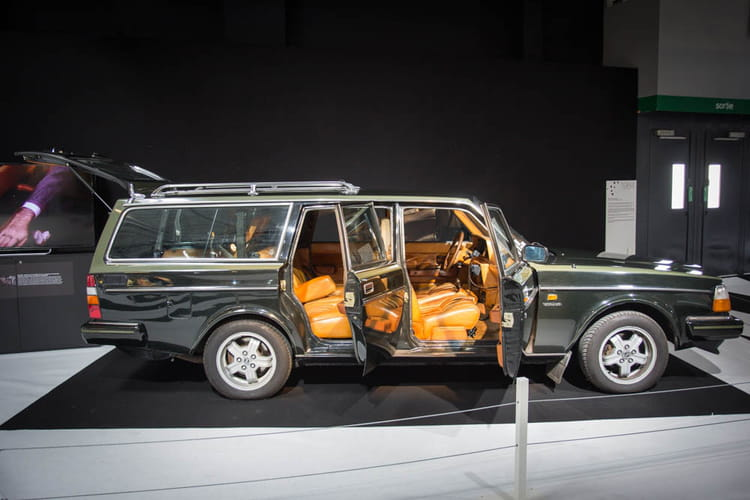 volvo 240 turbo break mondial de l 39 auto 2014 la mode et le design automobile s 39 entrem lent. Black Bedroom Furniture Sets. Home Design Ideas