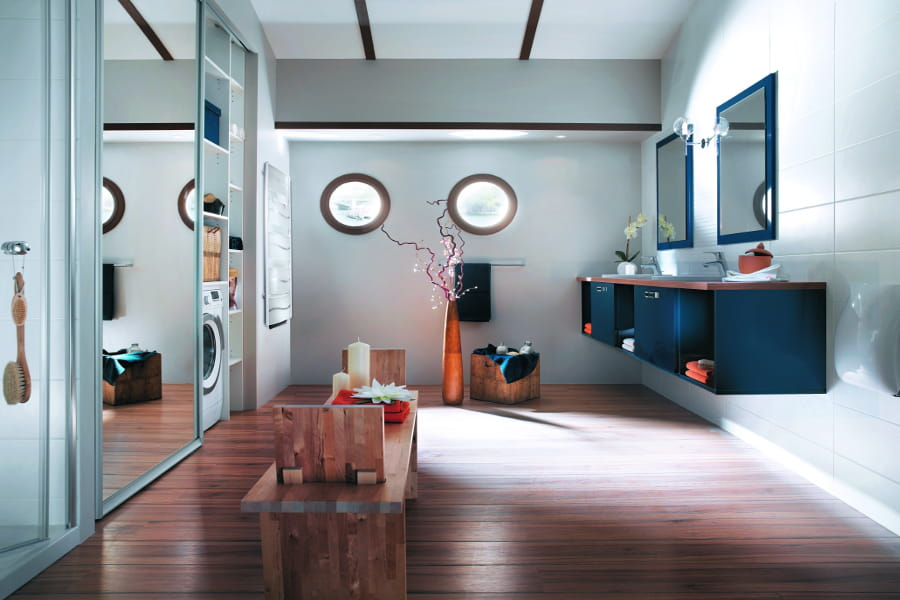 une salle de bains bateau salles de bain les tendances 2015 linternaute. Black Bedroom Furniture Sets. Home Design Ideas