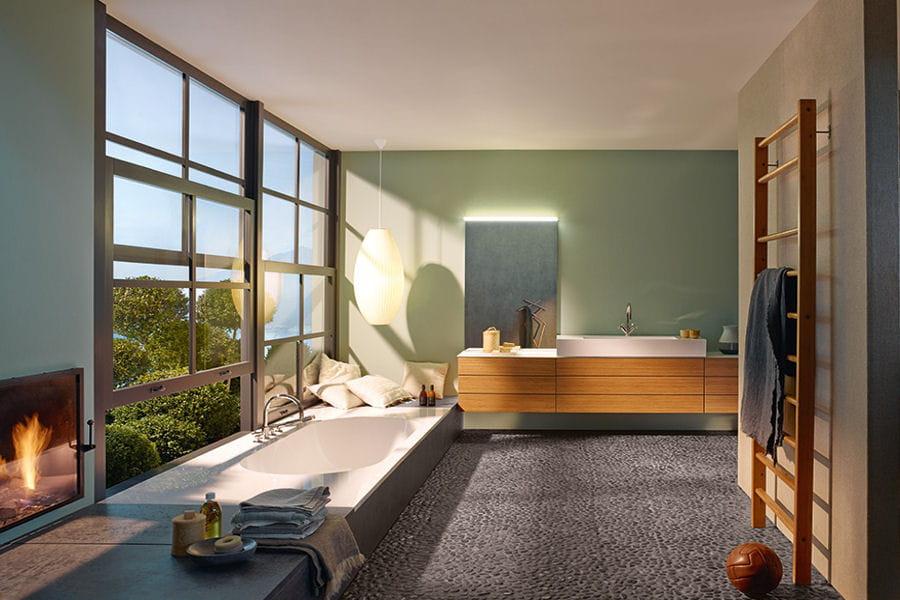 Une salle de bains haut de gamme salles de bain les for Nouvelle tendance salle de bain 2015