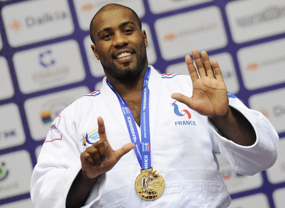 teddy riner 28 000 euros par mois combien gagnent les stars du sport fran ais linternaute. Black Bedroom Furniture Sets. Home Design Ideas