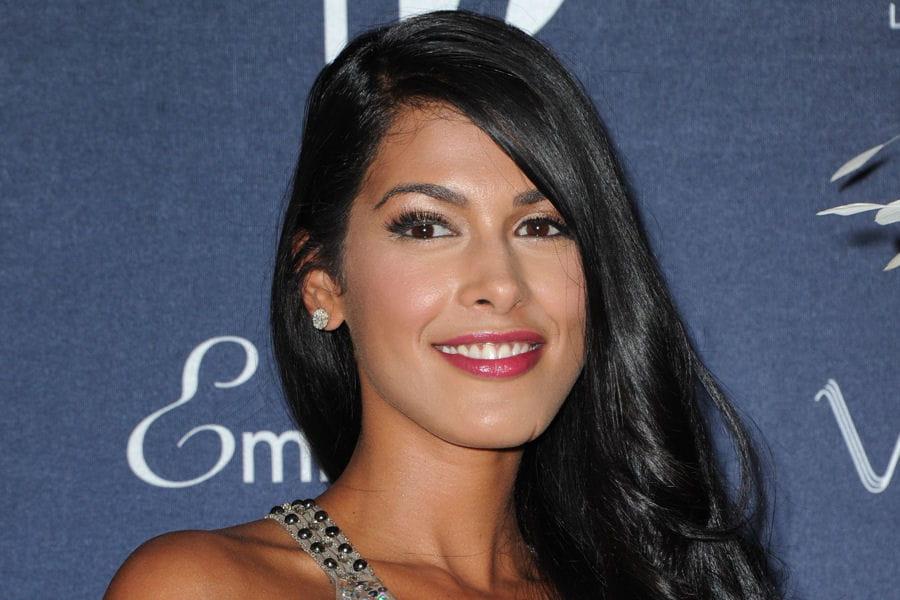 Ayem Nour : elle vient de se marier avec le milliardaire <b>Vincent Miclet</b> - <b>...</b> - 10088385-ayem-nour-elle-vient-de-se-marier-avec-le-milliardaire-vincent-miclet