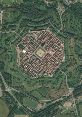 Neuf brisach nouvelle ville fortifi e ces 15 villes ont - Nouvelle ferrari gtclusso decouvrez ces photos ...