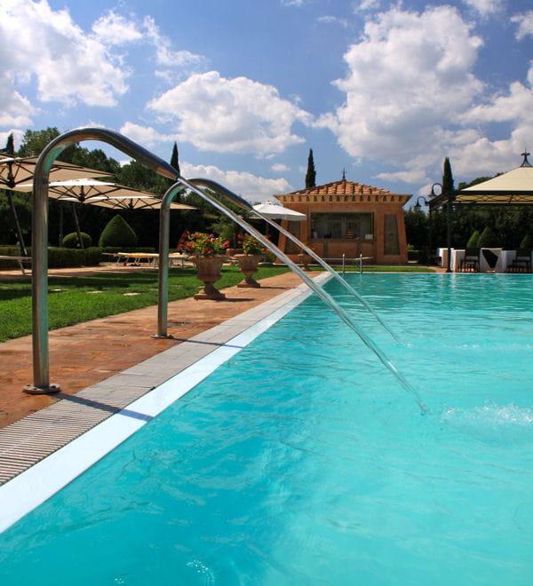 Du concentr d 39 eau de javel entretien d 39 une piscine les conseils - Acide chlorhydrique et piscine ...