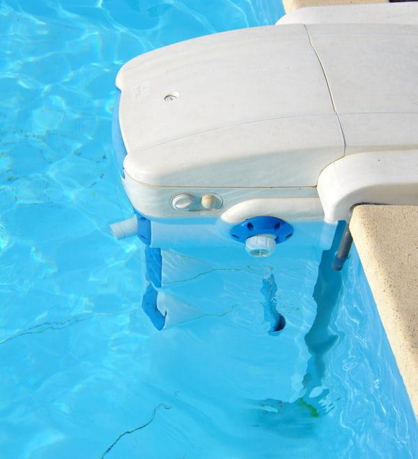 une lectrolyse au sel entretien d 39 une piscine les conseils et astuces des lecteurs. Black Bedroom Furniture Sets. Home Design Ideas