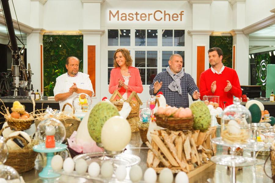Master Chef 2015 10100861-masterchef-2015-jury-candidats-toutes-les-images-avant-la-diffusion