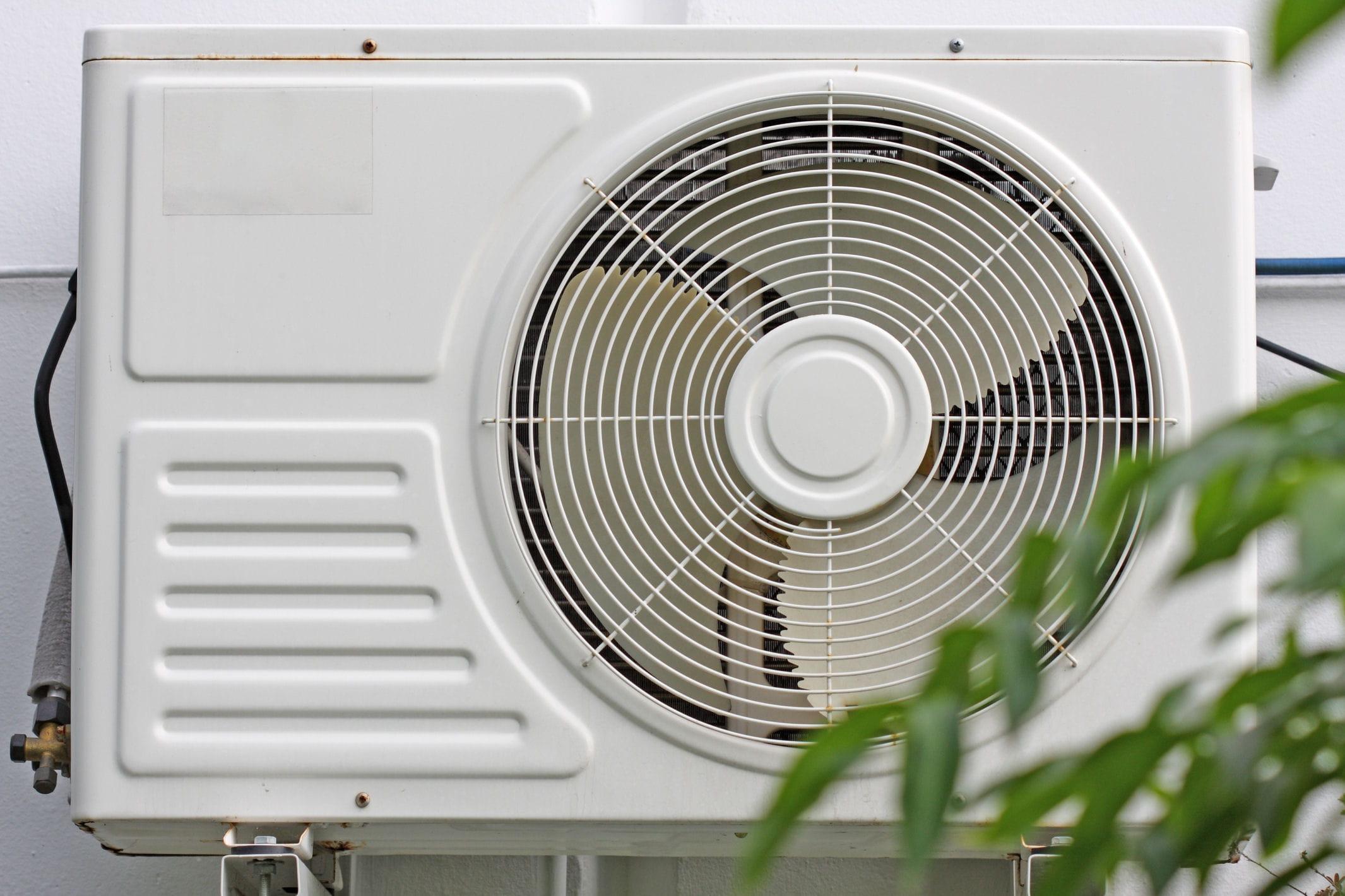 chaleur les mesures prendre pour bien rafra chir votre logement linternaute. Black Bedroom Furniture Sets. Home Design Ideas