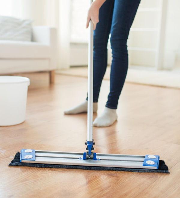 nettoyer les sols en pvc et le lino les vertus du savon de marseille pour entretenir la maison. Black Bedroom Furniture Sets. Home Design Ideas