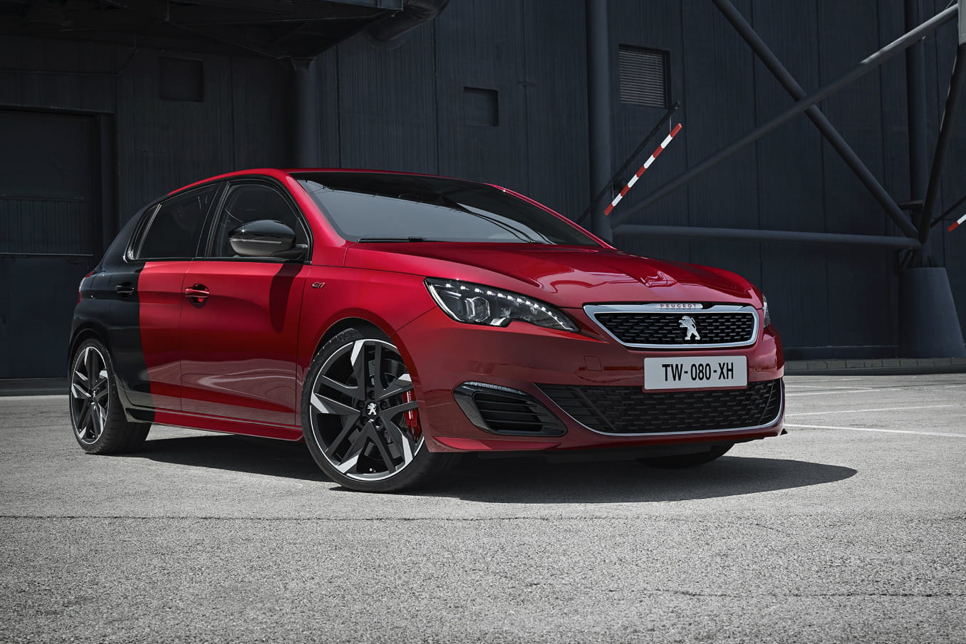 peugeot 308 gti la nouvelle lionne de 270 chevaux en images. Black Bedroom Furniture Sets. Home Design Ideas