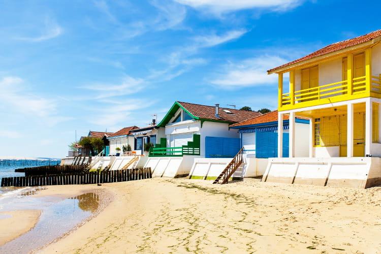 Les maisons color es de l 39 herbe les plus belles couleurs for Belles maisons du bassin