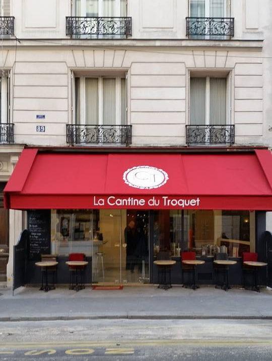 il est propri taire de trois restaurants paris qui se cache derri re le jur de masterchef. Black Bedroom Furniture Sets. Home Design Ideas