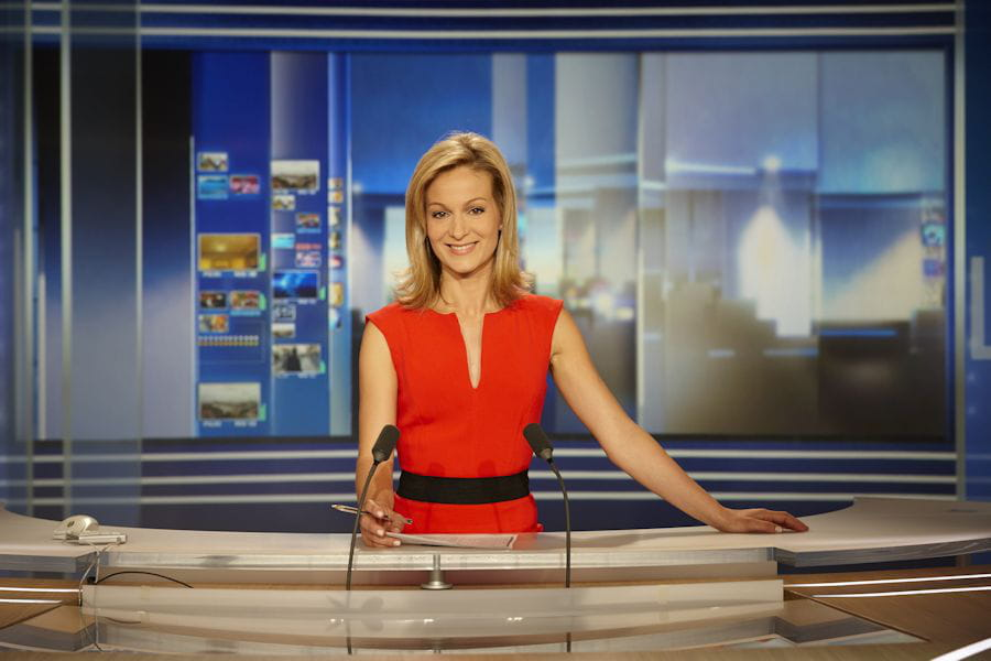 audrey crespo mara qui est la nouvelle journaliste du 20h de tf1 linternaute. Black Bedroom Furniture Sets. Home Design Ideas