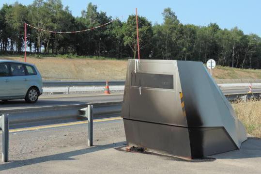 radar chantier une cabine record flashe 900 fois par jour linternaute. Black Bedroom Furniture Sets. Home Design Ideas