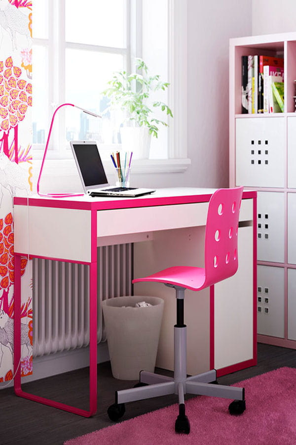 un bureau girly des id es pour am nager votre coin bureau linternaute. Black Bedroom Furniture Sets. Home Design Ideas