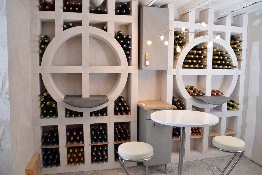 Une cave vin en b ton cellulaire de bonnes id es pour ranger vos bouteill - Beton cellulaire siporex ...