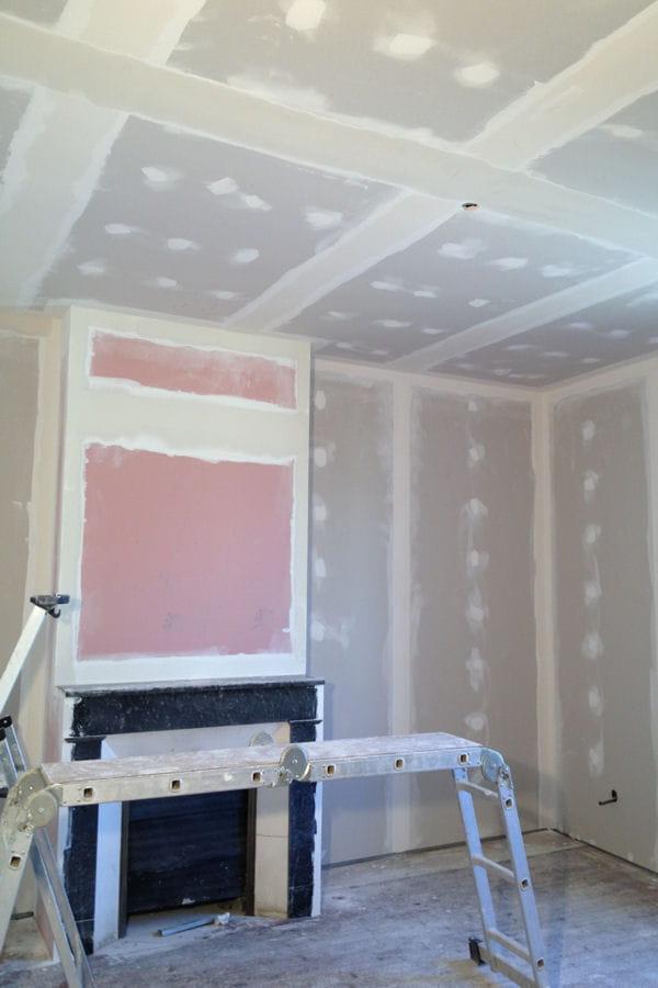 La r fections des murs de la chambre parentale la for Renovation chambre parentale