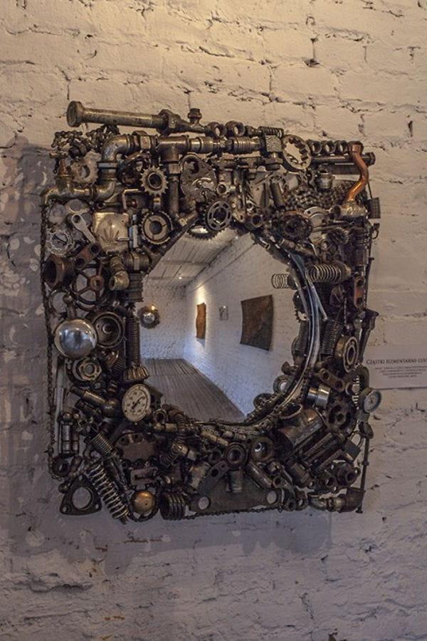 Un miroir industriel en boulons d tournement d 39 objets for Miroir industriel