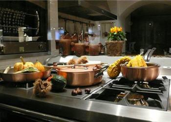 Prendre des cours de cuisine 15 activit s essayer au - Week end cours de cuisine ...