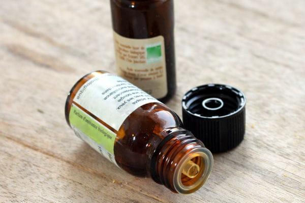 huiles essentielles des recettes pour entretenir votre logement au naturel linternaute. Black Bedroom Furniture Sets. Home Design Ideas