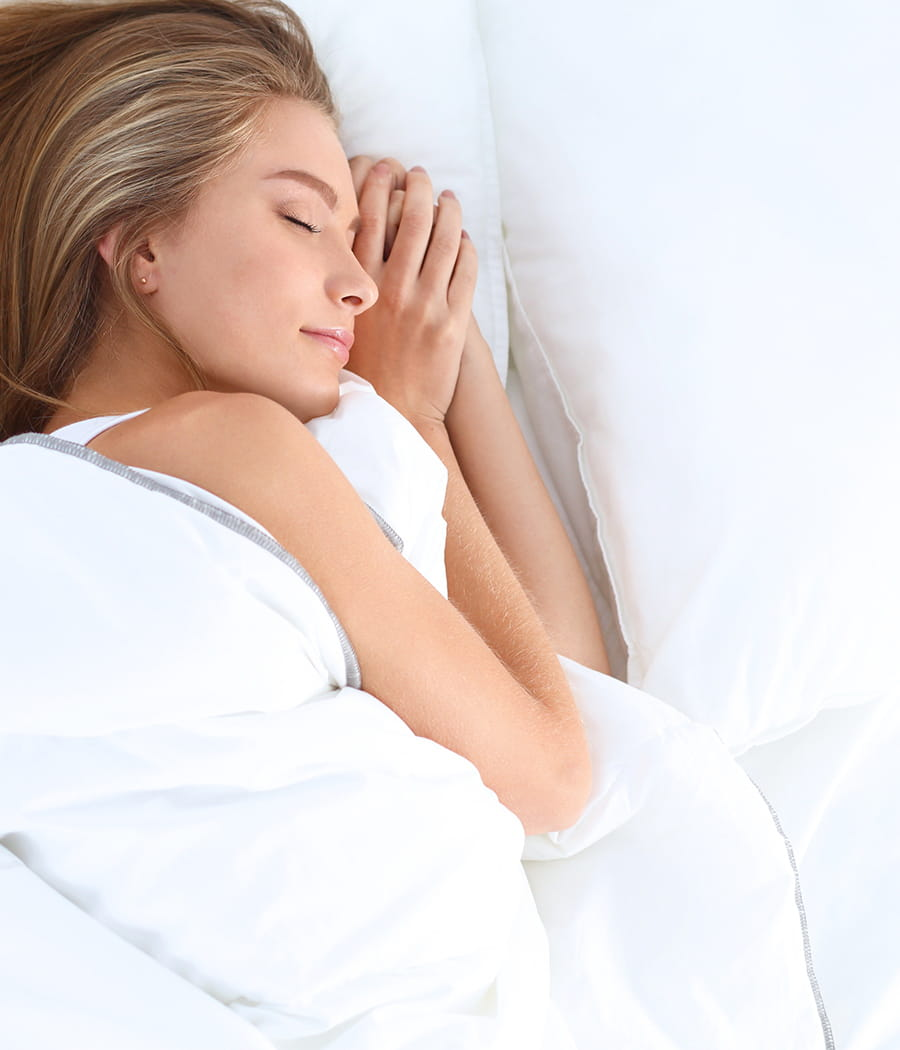 utiliser une brume d 39 oreiller des astuces pour une maison qui sent bon linternaute. Black Bedroom Furniture Sets. Home Design Ideas