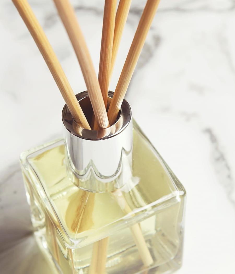 Choisir un diffuseur d 39 odeurs des astuces pour une - Adoucissant maison qui sent bon ...
