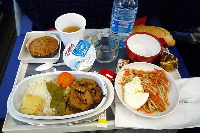 Commander un repas sp cial dans l avion pour tre servi for Repas rapide et original