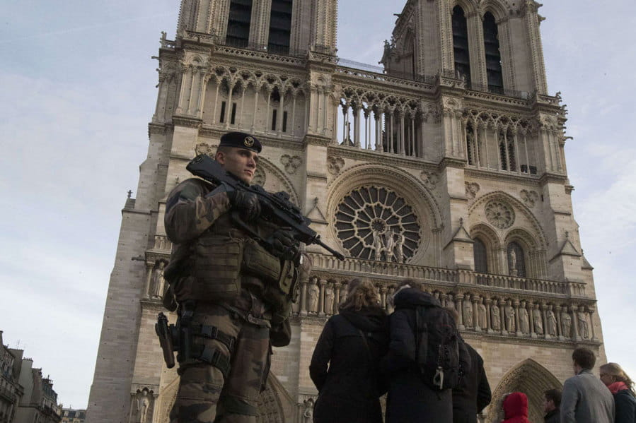 Nouvel an quel dispositif de s curit paris apr s les attentats - Nouvel an original paris ...