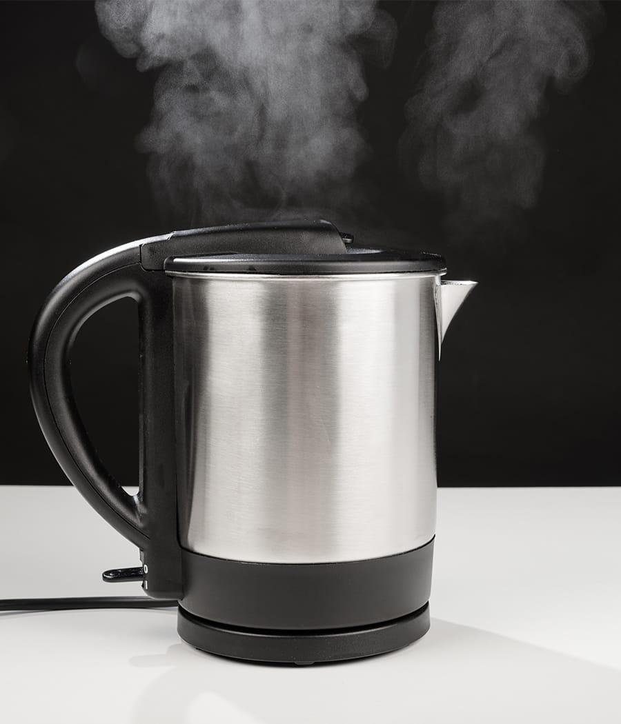 D tartrer votre bouilloire des astuces pour entretenir vos appareils lectr - Detartrer cafetiere vinaigre blanc ...