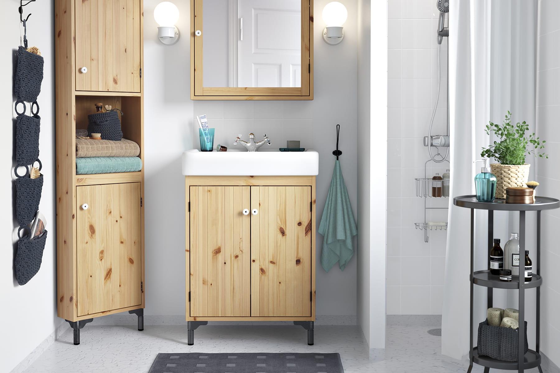 des accessoires pour salle de bains. Black Bedroom Furniture Sets. Home Design Ideas